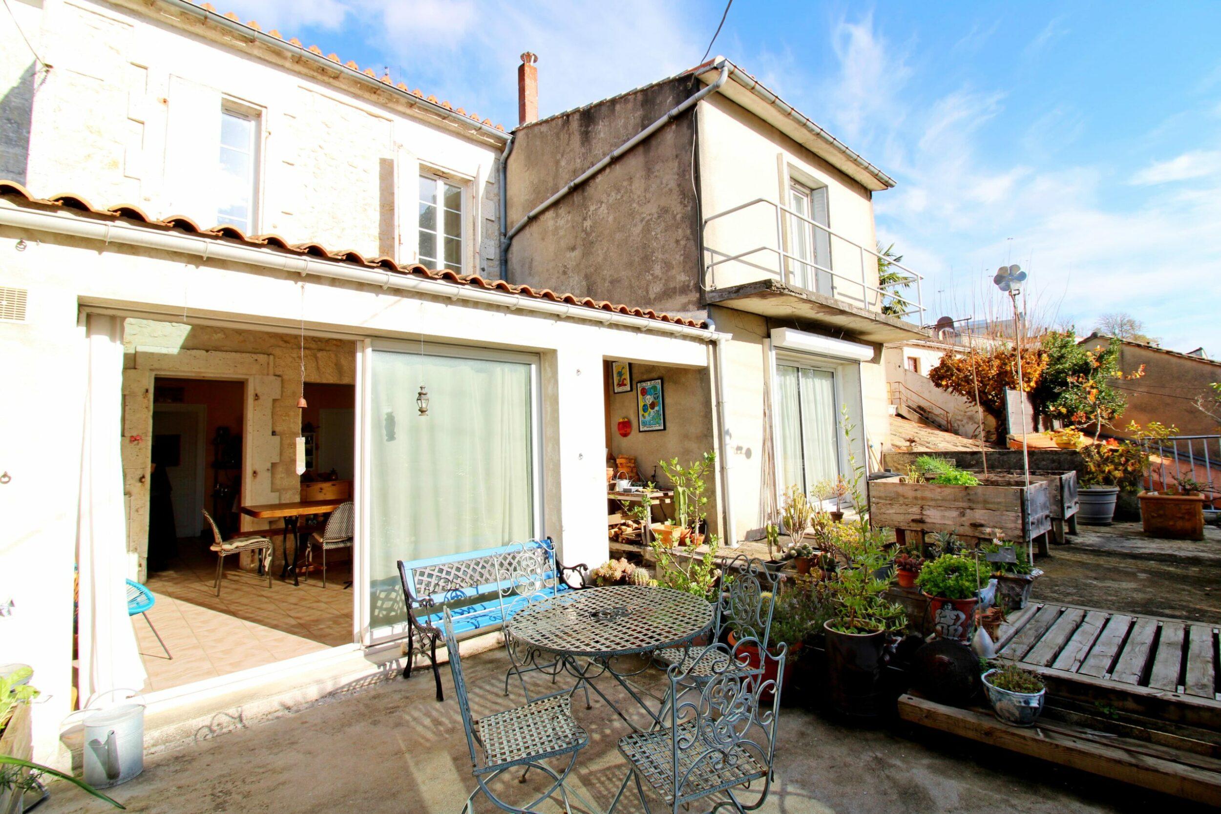 Maison 4 chambres + grande pièce de vie – Angoulême