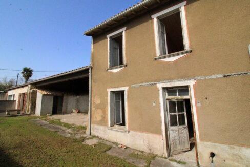 Esprit Transactions - Agence immobilière à Linars